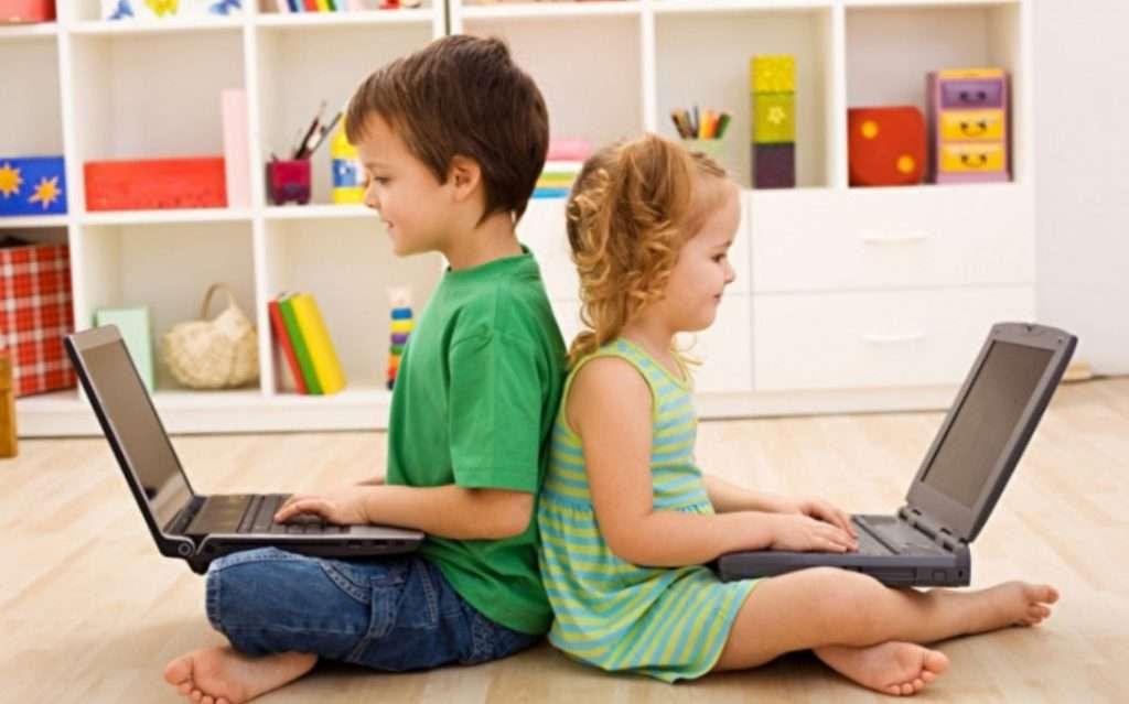 Разрешать детям играть в онлайн игры?
