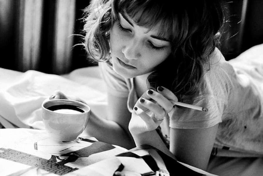 Какой вред эмали несут сигареты и кофе